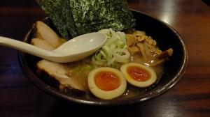 Mametengu's (豆天狗) ramen